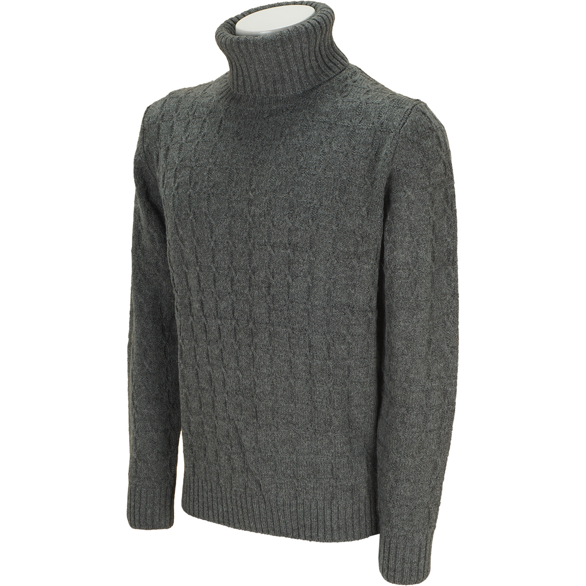 変形ケーブル タートルネックセーター